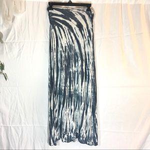 Long gray & white tie-dye maxi skirt lucky brand